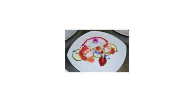 Rezept – Apfel-Schafskäse-Tatar auf Zuccini-Carpaccio und Erdbeerrelish