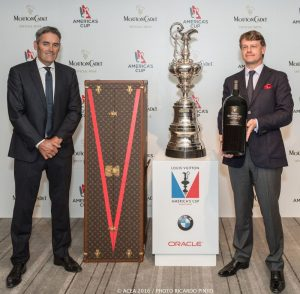 17/11/2016 - Fukuoka (JPN) - 35th America's Cup Bermuda 2017 - Louis Vuitton America's Cup World Series Fukuoka - Setup Day -1 - Hugues Lechanoine, CEO of Baron Philippe de Rothschild, S.A and Sir Russell Coutts with the America's Cup Trophy.