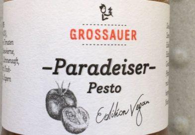 Grossauer Pastasotto mit Paradeiser-Pesto und Knoblauch-Pesto