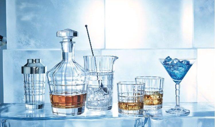 Glas in edlem Retro-Look: Spiritii-Glasserie