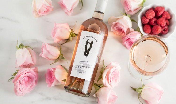 Neues Pferd im Stall: Kalifornische Weinmarke Dark Horse erweitert das Sortiment um einen Rosé