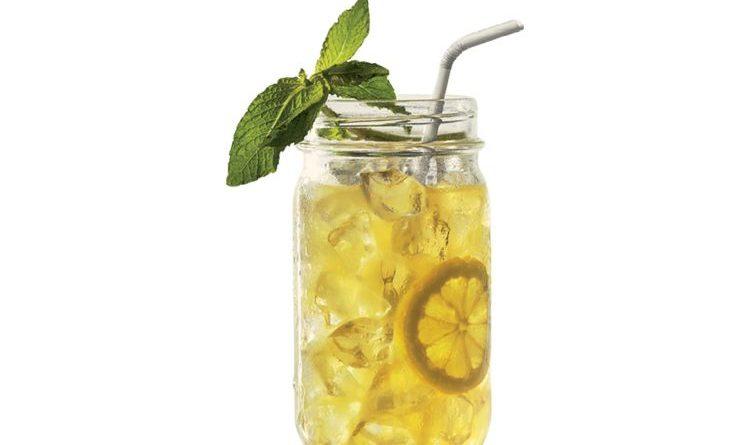 Spritzige Cocktail-Rezepte mit Bushmills Original Irish Whiskey