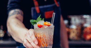 Alternative zu Plastik – Trinkhalme aus Glas von Halm