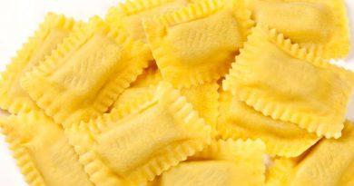Köstliche frische Pasta mit Hirschfleisch Füllung