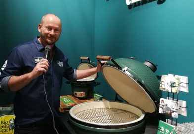 Tutti i sensi bei Big Green Egg auf der living kitchen in Köln