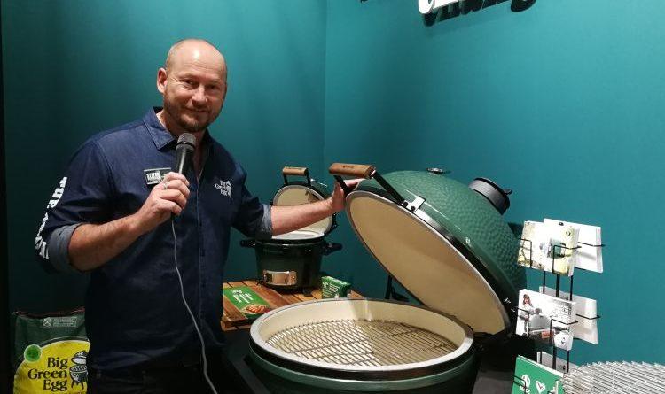 Tutti i sensi bei Big Green Egg auf der living kitchen in Köln