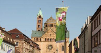 Weinpräsentation in der historischen Innenstadt von Speyer: 13. und 14. April