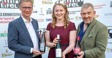 """Prominente SoKo mit Dietmar Bär und Günther Jauch kürt Festivalweine für """"Tatort Eifel"""" Foto: Chris Harmann"""