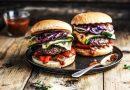 Rezeptidee von Rommelsbacher - Burger mit Grillgemüse