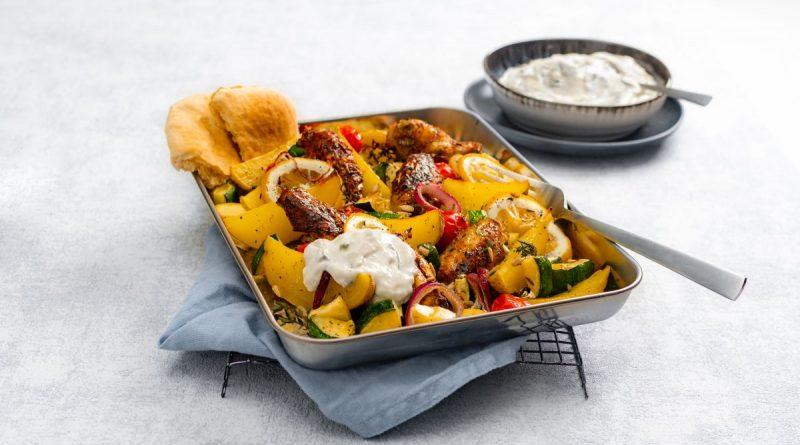 Rezept - Kartoffel-Hähnchen vom Blech mit Zaziki - Foto: Apostels